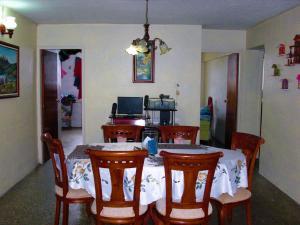 Apartamento En Venta En Caracas - Parroquia 23 de Enero Código FLEX: 18-4443 No.6