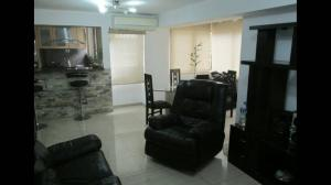 Apartamento En Venta En Caracas - Colinas de Santa Monica Código FLEX: 18-4763 No.1