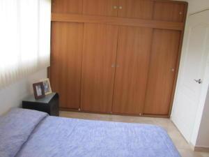Apartamento En Venta En Caracas - Santa Sofia Código FLEX: 18-4789 No.8