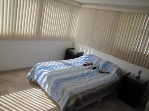 Apartamento En Venta En Caracas - Santa Sofia Código FLEX: 18-4789 No.11