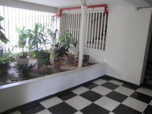 Apartamento En Venta En Caracas - Santa Sofia Código FLEX: 18-4789 No.13
