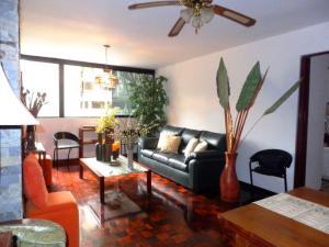 Apartamento En Venta En Caracas - Prado Humboldt Código FLEX: 18-5119 No.2
