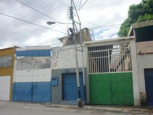 Galpon - Deposito En Venta En Maracay En Pinonal - Código: 18-5001