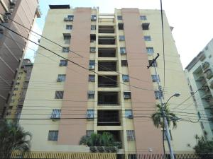 Apartamento En Venta En Maracay En Urbanizacion El Centro - Código: 18-5045