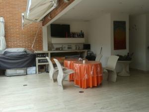 Apartamento En Venta En Caracas - Los Pomelos Código FLEX: 18-5318 No.6