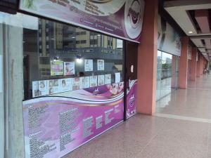 Local Comercial En Venta En Maracay En Parque Aragua - Código: 18-5331