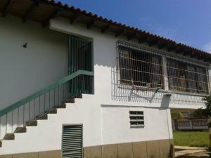 Casa En Venta En Higuerote - Ciudad Balneario Higuerote Código FLEX: 18-7741 No.3