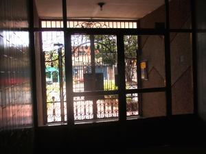 Apartamento En Venta En Maracay - El Centro Código FLEX: 18-5420 No.3