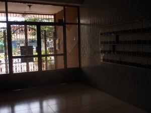Apartamento En Venta En Maracay - El Centro Código FLEX: 18-5420 No.4