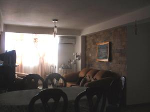Apartamento En Venta En Maracay - El Centro Código FLEX: 18-5420 No.7