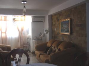 Apartamento En Venta En Maracay - El Centro Código FLEX: 18-5420 No.9