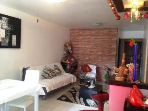 Apartamento En Venta En Valencia En La Trigaleña - Código: 18-5520
