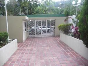 En Venta En Caracas - Santa Paula Código FLEX: 18-5494 No.1