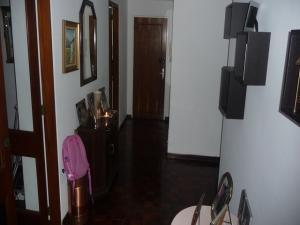 En Venta En Caracas - Santa Paula Código FLEX: 18-5494 No.2