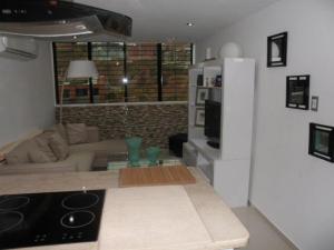 Apartamento En Venta En Caracas - Los Naranjos Humboldt Código FLEX: 18-5550 No.4