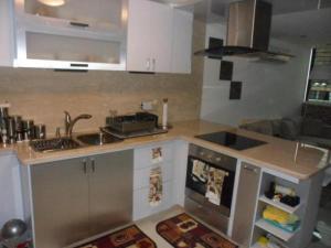 Apartamento En Venta En Caracas - Los Naranjos Humboldt Código FLEX: 18-5550 No.10