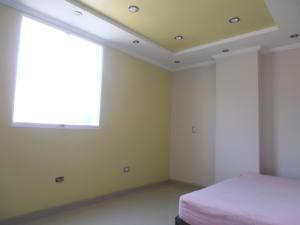 En Venta En Maracay - La Esperanza Código FLEX: 18-5554 No.8