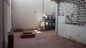 Casa En Venta En Maracay - Las Acacias Código FLEX: 18-5703 No.7