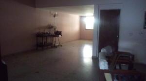 Casa En Venta En Maracay En Las Acacias - Código: 18-5703