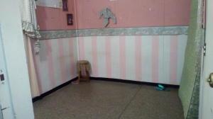 Casa En Venta En Maracay - Las Acacias Código FLEX: 18-5703 No.13