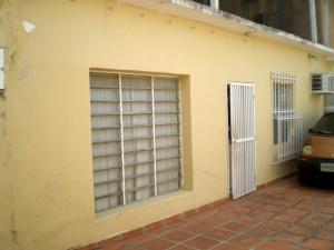 Casa En Venta En Maracay - Cana de Azucar Código FLEX: 18-5739 No.1