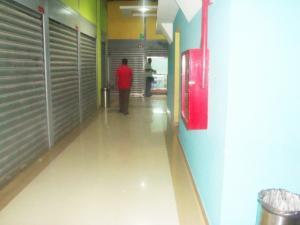 Local Comercial En Venta En Maracay - El Centro Código FLEX: 18-5752 No.7