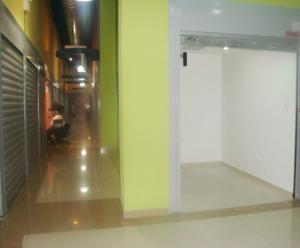 Local Comercial En Venta En Maracay - El Centro Código FLEX: 18-5752 No.5