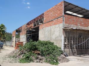 Industrial En Venta En Turmero En Sorocaima - Código: 18-5817
