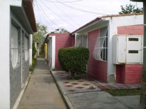 Casa En Venta En Cagua En Prados de la Encrucijada - Código: 18-5912