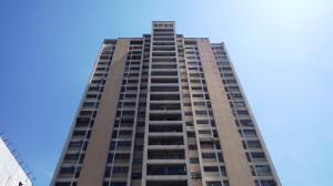 Apartamento En Venta En Caracas - Parroquia La Candelaria Código FLEX: 18-6221 No.0