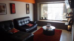 Apartamento En Venta En Caracas - Parroquia La Candelaria Código FLEX: 18-6221 No.3