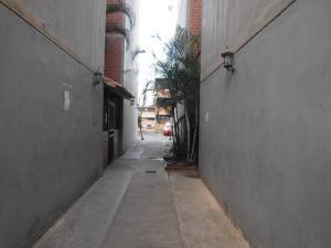 Apartamento En Venta En Caracas - Terrazas De La Vega Código FLEX: 18-6000 No.4