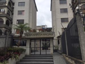 Apartamento En Venta En Caracas - Lomas de Bello Monte Código FLEX: 18-6038 No.1