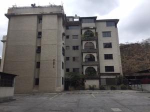 Apartamento En Venta En Caracas - Lomas de Bello Monte Código FLEX: 18-6038 No.0