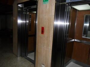 Apartamento En Venta En Caracas - Los Caobos Código FLEX: 18-6211 No.3