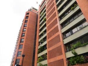 Apartamento En Venta En Caracas - Sebucan Código FLEX: 18-6607 No.0