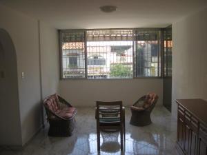 En Venta En Maracay - Calicanto Código FLEX: 18-6811 No.3