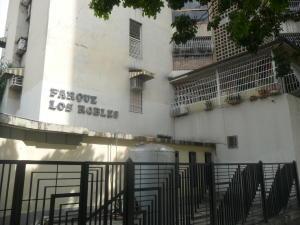 En Venta En Maracay - Urbanizacion El Centro Código FLEX: 18-7063 No.2