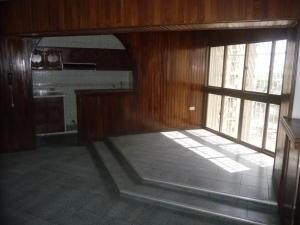 En Venta En Maracay - Urbanizacion El Centro Código FLEX: 18-7063 No.6