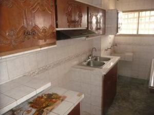 En Venta En Maracay - Urbanizacion El Centro Código FLEX: 18-7063 No.9