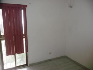 En Venta En Maracay - Urbanizacion El Centro Código FLEX: 18-7063 No.13