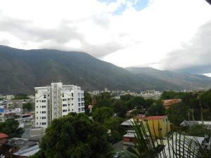 Apartamento En Venta En Caracas - El Pedregal Código FLEX: 18-7077 No.16