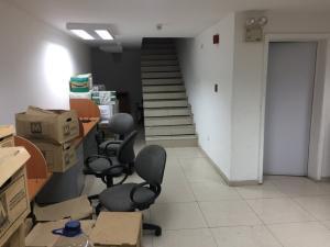 Galpon - Deposito En Venta En Caracas - Santa Monica Código FLEX: 18-7163 No.14