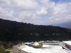 Apartamento En Venta En Caracas - Lomas del Sol Código FLEX: 18-7207 No.12