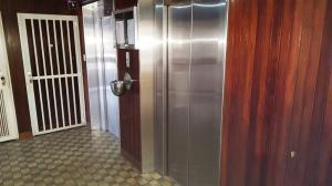 Apartamento En Venta En Caracas - El Marques Código FLEX: 18-7200 No.3