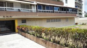 Apartamento En Venta En Caracas - El Marques Código FLEX: 18-7200 No.1
