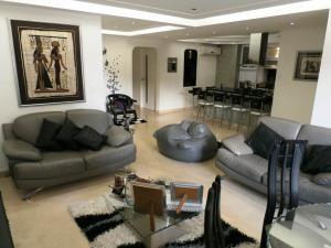 Apartamento En Venta En Caracas - Escampadero Código FLEX: 18-7742 No.1