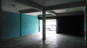 Local Comercial En Venta En Maracay En Pinonal - Código: 18-7436