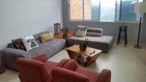 Apartamento En Venta En Caracas - Loma Linda Código FLEX: 18-7569 No.2