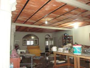 En Venta En Maracay - Santa Rosa Código FLEX: 18-7635 No.7